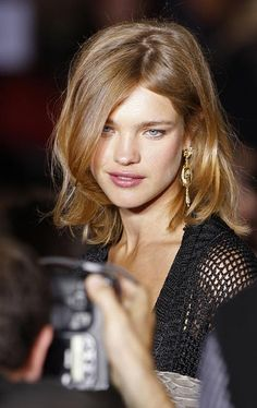 Google Image Result for http://images.theage.com.au/2010/08/30/1871271/natalia_vodianova_420-420x0.jpg
