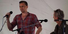 Tom Hiddleston Prepares For 'I Saw The Light' Playing A Gig As Hank Williams at Wheatland Music Festival