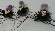 vrány z roličky od toal pap. čepice z rolička od toal pap Bug Crafts, Preschool Crafts, Diy And Crafts, Crafts For Kids, Arts And Crafts, Autumn Crafts, Spring Crafts, Christmas Crafts, Kid Friendly Art