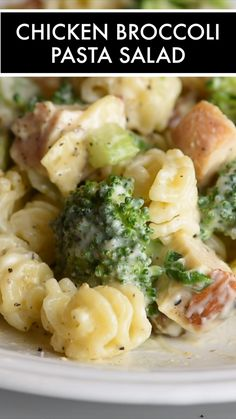 Seasoned chicken broccoli golden raisins celery and a wonderful creamy dressing come together to make this awesome Chicken Broccoli Pasta Salad. A total crowd pleaser perfect for summer gatherings or all year long! Broccoli Pasta Salads, Chicken Broccoli Pasta, Easy Pasta Salad, Salad Chicken, Feta Pasta, Chicken Fettuccine, Caprese Pasta, Chicken And Bowtie Pasta, Dressing For Pasta Salad