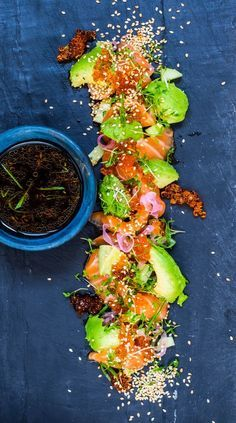 Salmon Sashimi with ginger ponzu Raw Food Recipes, Fish Recipes, Asian Recipes, Cooking Recipes, Healthy Recipes, Enjoy Your Meal, Fish And Seafood, Food Presentation, Food Plating