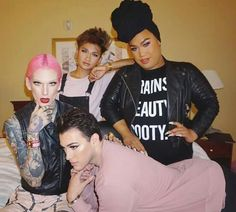 Squaaaaaaad goals Bretman, PatrickStarrr, JeffreeStar, Mannymua This pic is too much