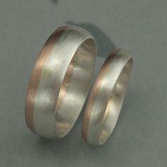 Modern Rounded Two Tone Wedding Band Set Bimetal Ring Rose