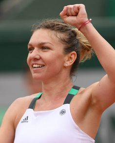 Simona Halep French Open 2017 unsigned 8x10 tennis action photo