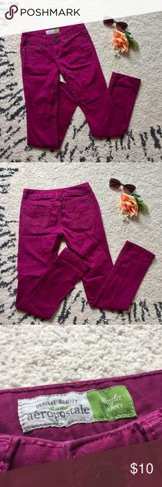 Aeropostale Magenta Skinny Jeans Rich magenta colored skinny jeans with thick stitching details. Gently used and rarely worn! Aeropostale Pants Skinny
