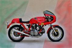 'Ducati 900 SS Königswelle' von Ingo Laue bei artflakes.com als Poster oder Kunstdruck $16.63