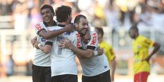 Sport Clube Corinthians Paulista - Paulinho, Pato e Danilo