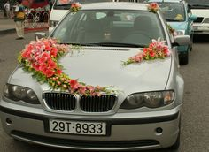 Trang trí xe cưới 2012 những mẫu ấn tượng nhất và hướng dẫn thực hiện nè mọi người, đẹp mê luôn nhá! - Thời trang cưới - Cưới hỏi - diendanphunu.vn | Diễn đàn phụ nữ & Thế giới Phụ nữ Online lớn nhất Việt Nam