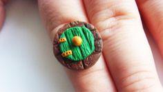 Hobbit Door Ring - Lord of the Rings - Hobbiton - Polymer Clay - Green Door -