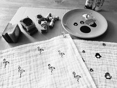 Nieuwe artikelen aan het maken voor in de webshop www.mgssieraden.nl #stempelen #kraamkado #baby #hydrofiele #monddoekjes