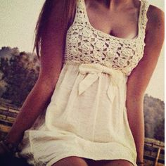 love the crochet bohemian boho style hippy hippie chic bohème vibe gypsy fashion indie folk look outfit Cute Summer Dresses, Cute Dresses, Summer Outfits, Dress Summer, Summer Clothes, Lacy Dresses, Bow Dresses, Autumn Clothes, Amazing Dresses