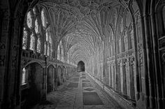 Gloucester Cathedral Cloister by kippa2001