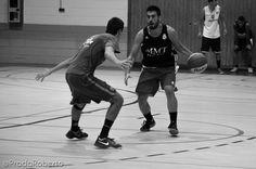 Andrés Ortín contra Germán Miñarro, base contra base. 3 de septiembre #UA #UniversidadAlicante #Lucentum #UALucentum #LigaEBA #GrupoEA #baloncesto #basket