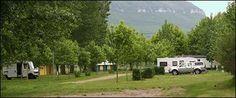 Camping La Belle Etoile in Aguessac de deuren van de Gorges du Tarn en de Aveyron, in de buurt van Millau, Frankrijk