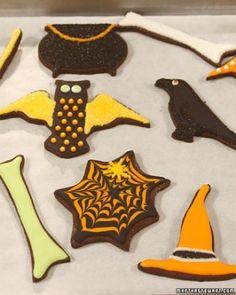 Spooky Cookies cookies cookies halloween cookies  halloween decoration cobweb cookie ideas halloween cookie ideas