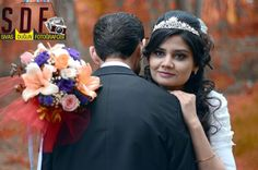 Vintage tarzı ile Sivas'ta düğün fotoğrafları için www.sivasdugunfotografcisi.com adresini ziyaret edebilirsiniz. Engagement Session, Crown, Fashion, Moda, Corona, Fashion Styles, Fashion Illustrations, Crowns, Crown Royal Bags