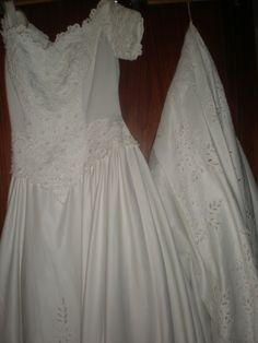 Novo vestido publicado! venda por só 150€! Economize um 85%!   http://www.weddalia.com/pt/loja-vender-vestido-de-noiva/venda-4/ #VestidosDeNoiva via www.weddalia.com/pt
