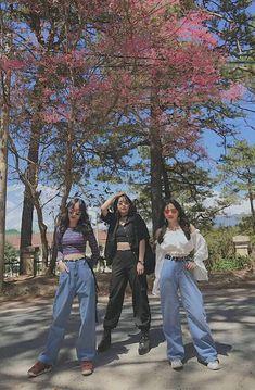 Ulzzang Fashion, Ulzzang Girl, Korean Fashion, Best Friend Pictures, Friend Photos, Korean Best Friends, Bff Girls, Girl Friendship, Instagram Story Ideas