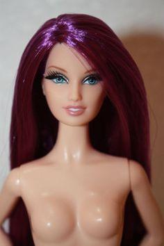 Barbie-City-Shopper-Model-Muse-Lara-Face-Mold-For-OOAK-Nude