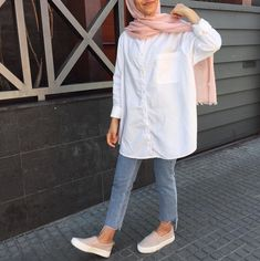 Modern Hijab Fashion, Street Hijab Fashion, Hijab Fashion Inspiration, Islamic Fashion, Hijab Fashion Summer, Hijab Casual, Hijab Chic, Casual Outfits, Fashion Outfits