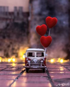 ❤All you need is love🎵🎶 Happy Valentine's day❤ Heart Wallpaper, Love Wallpaper, Nature Wallpaper, Wallpaper Backgrounds, Iphone Wallpaper, Screen Wallpaper, Miniature Photography, Cute Photography, Creative Photography