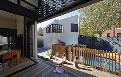 Little Brick Studio - A house in Abbotsford, in inner-city Melbourne, represented an opportunity for the Make Architecture team to practise its public building design skills. Pool Fence, Garden Pool, Brick Studio, Studio Studio, House Studio, Studio Ideas, Timber Deck, Melbourne House, My Pool