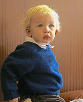 Ravelry: Gisa's Classic Raglan Pullover pattern by Isabel Demarchais