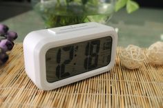 Automatically Adjust LCD Screen Clock & Office