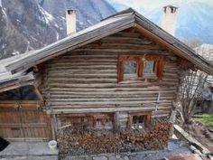 Saint-Véran - 23 images de qualité en haute définition Sauna Diy, Saint Véran, Images, Cabin, House Styles, Home Decor, Sundial, Old Homes, Traditional House