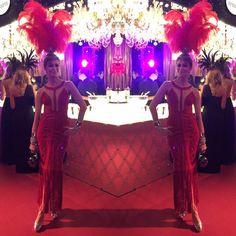 Já no blog: a escolha e a produção de Cris Tamer para o Baile da Vogue.
