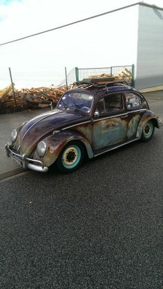 vw bug My Dream Car, Dream Cars, Old Bug, Kdf Wagen, Rat Look, Car Camper, Vw Vintage, Vw Beetles, Cool Logo