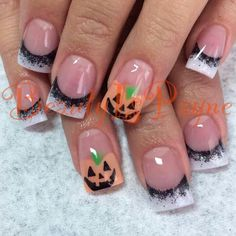 Halloween nails. CREDIT: Beauty Is Payne on Facebook