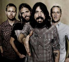 Pleased to meet you take my hand, there's no way back from here #FooFighters