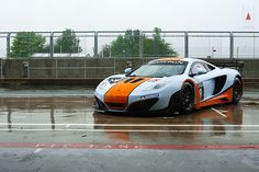 Gulf Racing UK McLaren MP4-12C GT3
