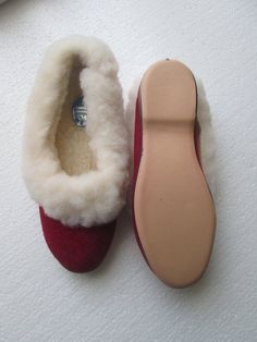 233c6fcfbc80 Vintage style full fur collar Slippers size 5 British Made vulcanised  rubber soles