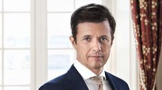 New official photo of Crown Prince Frederik