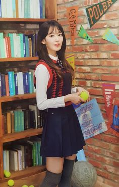 Cute Korean Girl, Cute Asian Girls, Beautiful Asian Girls, Sweet Girls, Kpop Girl Groups, Kpop Girls, Sakura Miyawaki, Secret Diary, Japanese Girl Group