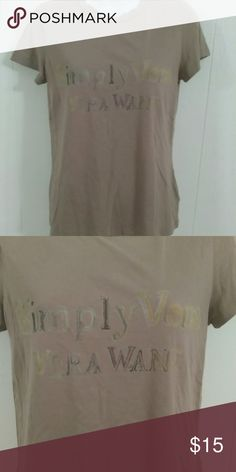 Simply Vera,  Vera Wang shirt Simply Vera,  Vera Wang shirt  gently used in excellent conditions size medium nice color. Simply Vera Vera Wang Tops Tees - Short Sleeve
