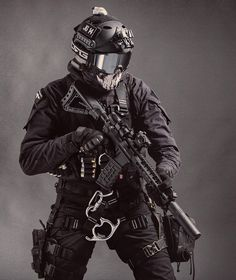 Airsoft hub is a social network that connects people with a passion for airsoft. Talk about the latest airsoft guns, tactical gear or simply share with others on this network Military Police, Military Weapons, Military Art, Army, Weapons Guns, Special Forces Gear, Military Special Forces, Tactical Armor, Futuristic Armour