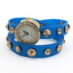 Divatóra kék szíjjal I Ajándék most webáruház Bracelet Watch, Watches, Bracelets, Accessories, Fashion, Moda, Wristwatches, Fashion Styles, Clocks