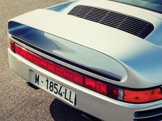 Porsche 959 spoiler_Fotor