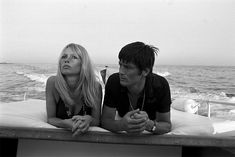 Photogriffon - Les plus belles photos d'Alain Delon - Star mondiale Brigitte Bardot, Bridget Bardot, Alain Delon, Photos Du, Old Photos, Free Photos, Wow Photo, Actor James, Photo Portrait