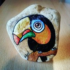 40 Beispiele für aussagekräftige Pet Rock-Kunstwerke,Just last week, My kid has a camping at school and guess what they learned on this trip? The school taught them some amazing meaningful pet rock art e. Rock Painting Patterns, Rock Painting Ideas Easy, Rock Painting Designs, Pebble Painting, Pebble Art, Stone Painting, Stone Crafts, Rock Crafts, Rock Kunst