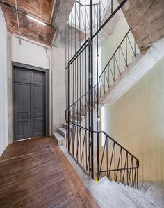 Havre Derelict House in Mexico City Transformed into Mixed-Use Venue by Francisco Pardo & Julio Amezcua Interior Stairs, Interior Architecture, Interior Design, Mexico City, Derelict House, Staircase Handrail, Railings, Concrete Stairs, Concrete Structure