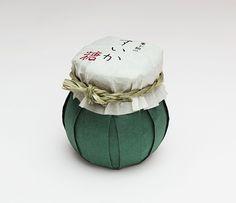 東下組のすいか糖 - Japanese packaging is among the best in the world.