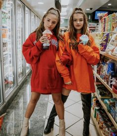 Photography friends bff outfit 47 Ideas for 2019 Photos Bff, Bff Pics, Best Friend Photos, Best Friend Goals, Best Friend Photography, Cute Friend Pictures, Friend Poses, Cute Friends, Friends Shirts