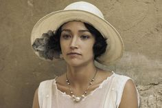 Olivia Hussey in Death On The Nile