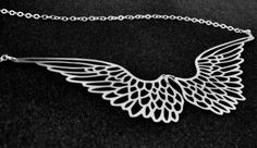 Gorgeous angel wing necklace.