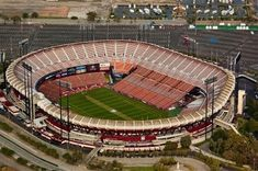 Candlestick Park - History, Photos & More of the San Francisco former NFL stadium Candlestick Park, Football Stadiums, Football Fans, Baseball Park, Places In California, Sports Stadium, Los Angeles Area, San Francisco 49ers, Around The Worlds