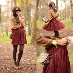 Gorgeous. Burgundy skirt (by Alexandra Per) http://lookbook.nu/look/2897141-burgundy-skirt